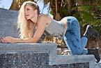 wb0041_blonde_girl_tight_freddy_jeans_wetlook_02-small.jpg